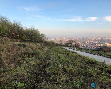 Pozemky s panoramatickým výhľadom - projekt Ahoj Briežky - terasovitý pozemok č. 14 s výmerou 750m2