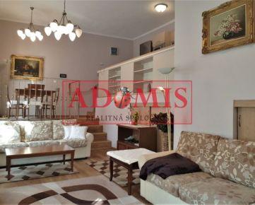 ADOMIS - prenájom FOR RENT, 4-izb. byt, ul. Kováčska, Košice - Staré mesto, dvor, luxusne upravený, v uzavretom komplexe