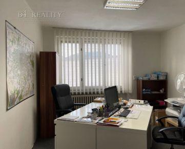 Tehlový rodinný dom 3+1, pozemok 517 m2, čiastočná rekonštrukcia, Trenčín / Kubrá
