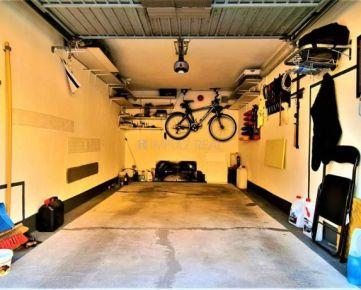 REZERVOVANÉ - novostavba- garáž s elektrickou bránou, Furča, Benadova