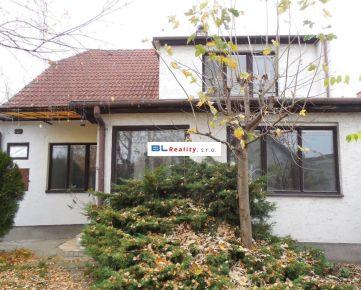 VEĽKÝ POZEMOK  - 1 179 m2: Rd 5 iz., Máchova ul., Podunajské Biskupice, Bratislava 2, 416 000.-€