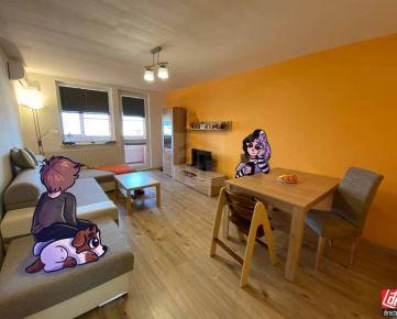 Direct Real - REZERVOVANÉ Zrekonštruovaný byt so záhradkou a garážou s nádherným výhľadom na Karpaty