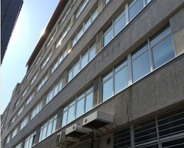 Predaj sedem podlažnej budovy v BA.III. obvod  !