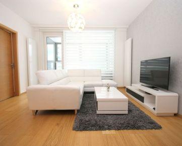 PANORAMA CITY: 3-izbový byt s garážou. 3 rooms apartment with garage.