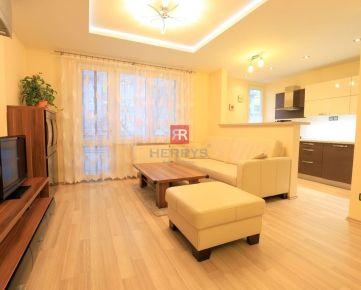 HERRYS - Na prenájom 3 izbový priestranný klimatizovaný byt po rekonštrukcii
