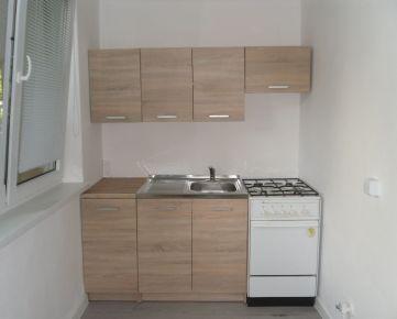 Na predaj pekný 1 izbový byt po rekonštrukcii, KE Terasa