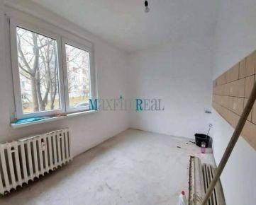 MAXFIN REAL - Predaj  2 izb. bytu v centre mesta Nitra