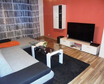 3-i byt 70 m2, čiastočná REKONŠTRUKCIA na skok do CENTRA mesta