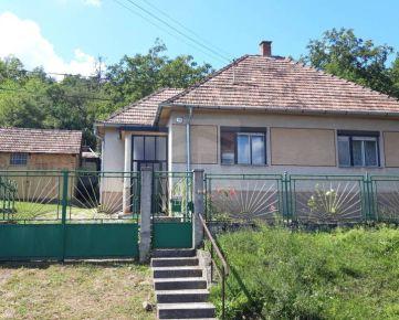 Direct Real - REZERVOVANÉ Exkluzívne ponúkame na predaj rodinný dom v obci Osuské