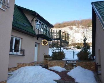 Nadštandardne prerobený dom v Ihráči. Výrazne ZNÍŽENÁ CENA!!!!!