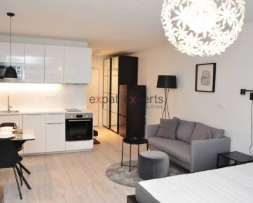 Krásny, štýlový 1 - izbový byt s parkovaním, novostavba, Starý Háj