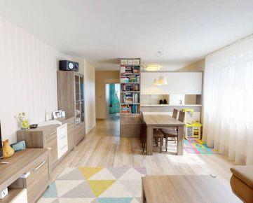 Direct Real - 360° VR - exkluzívne ponúkame na predaj 3izbový byt na začiatku obce Dunajská Lužná (Úzka ulice), s parkovacím miestom a ve...
