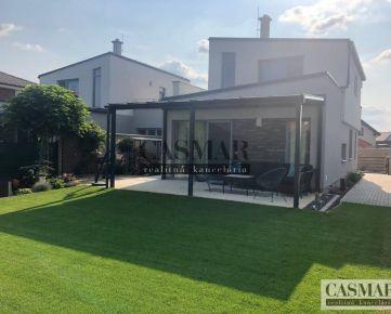 CASMER RK - Prenájom luxusného domu v tichej lokalite Majcichova
