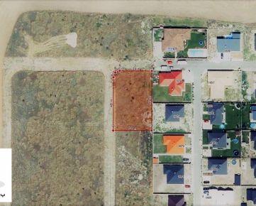 TRNAVA REALITY - rožný pozemok na stavbu so všetkými IS v obci Miloslavov
