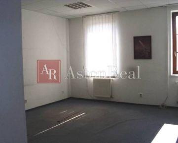 Kancelária 33, 6 m2 III. posch. Banská Bystrica