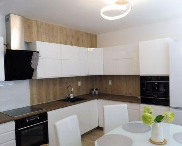 REZERVOVANÉ: 3-izbový byt s terasou, novostavba, 3. posch., Floriánska, Staré Mesto, Košice I