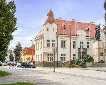 Ponúkame na prenájom krásne zrekonštruovanú budovu v centre mesta