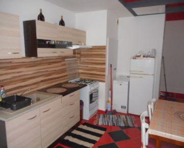 2-izbový byt prerobený na 3-izbový ul. Magurská -Sekčov