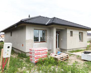 Predaj novostavby 4.izb. tehlového rodinného domu v Slovenskom Grobe, Malý Raj.
