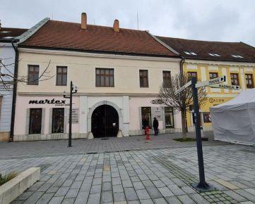 Trnava centrum pešia zóna - Obchodné priestory + pivničné priestory / reštaurácia