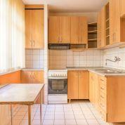 3-izb. byt 56m2, čiastočná rekonštrukcia