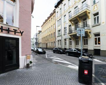 AMEXA REAL » ponúka na predaj 4,5 izbový byt v Starom Meste