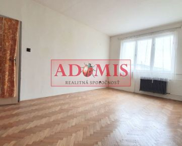 ADOMIS - Predám 2-izbový byt, ulica Hutnícka, Košice-Staré mesto