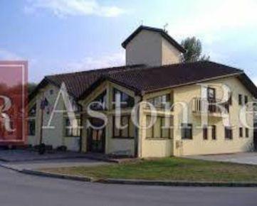Hľadáme pre klienta Rodinný dom vo Vlkanovej.