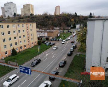 Priestranný 2 izbový byt, Košice - Južná Trieda, možnosť zariadiť nábytkom
