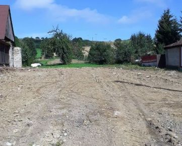 Stavebný pozemok Hruštín