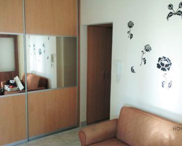 Prenájom 3 izbový byt, Hrobákova ulica, Bratislava V. Petržalka