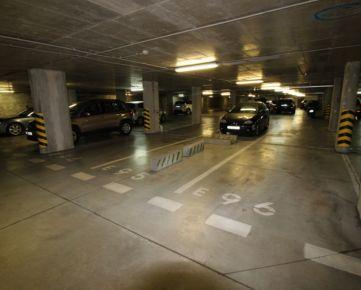 Na prenájom garážové státie v pozemnej garáži v OC RETRO, Nevädzová ulica, Ružinov.