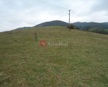 TOP PONUKA: Stavebný pozemok v obci Lúky 900m2