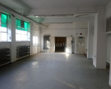 Skladový priestor na prízemí 156 m2 na prenájom na Ul.Lamačská cesta