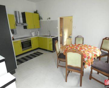 Direct Real - Na Prenájom 3. izbová bytová jednotka v rodinnom dome