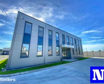 Prenájom moderných kancelárií + haly v Čunove