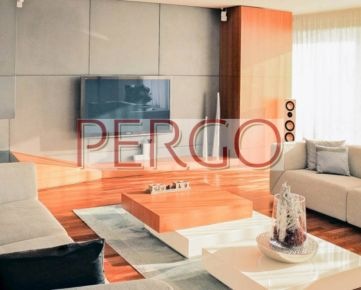 6-izbový byt v Condominium Renaissance s nadčasovým int