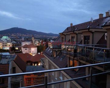 Luxusný mezonet na prenájom v centre mesta: Nitra (013-213-OLS)