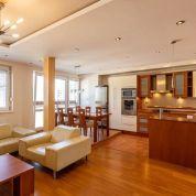 3-izb. byt 84m2, kompletná rekonštrukcia