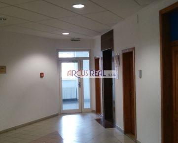 ARCUS REAL s.r.o. - kancelárie na prenájom blízko Trnavského mýta, Kukuričná ul., 40 m2