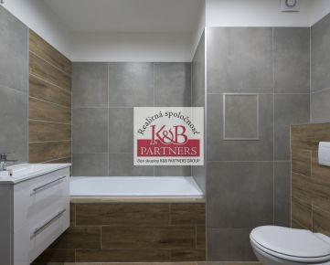 Ponúkame Vám na predaj krásny priestranný 3+1 byt v širšom centre na ul. Inovecká v Trenčíne po práve ukončenej kompletnej rekonštrukcii.