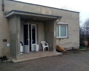 Na predaj Soblahov Okraj obce administratívna budova