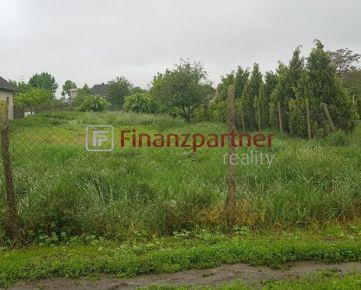 Pozemok v obci Pataš (039-14-REM)