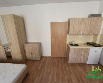 REZERVOVANÉ - Prenájom, Jednoizbový byt, ulica Dolná Strieborná, Centrum, Banská Bystrica