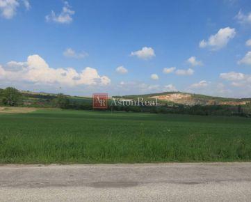 Predaj pozemku, Štitáre, 8260 m2, 20€ / m2, vhodný ako investícia