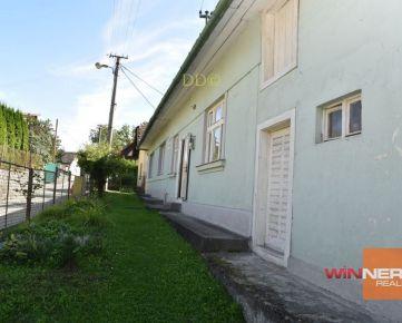 Ponúkame Vám na predaj jednopodlažný tehlový rodinný dvojdom v Kostiviarskej v Banskej Bystrici