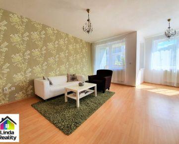 *NOVOSTAVBA v blízkosti lesa* 2 izb. byt s loggiou, pivnicou a parkovaním