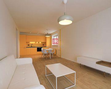 HERRYS - Na prenájom priestranný, kompletne prerobený 2 izbový byt na Kramároch