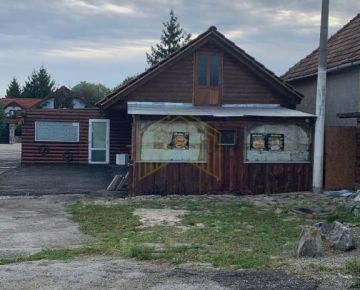 Exkluzívne na predaj obchodný priestor v obci Bíňovce