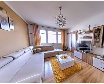 ***REKONŠTRUKCIA*** 3 izbový byt Banská Bystrica RADVAŇ, 82 m2 + balkón, 3D OBHLIADKA